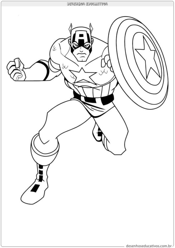 Capitão América segurando o escudo